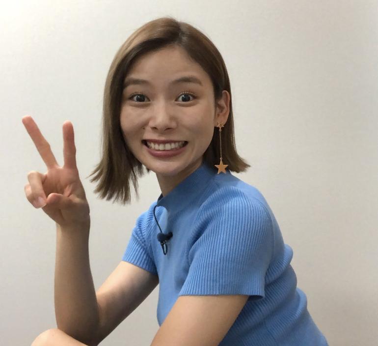朝日奈央 10円玉